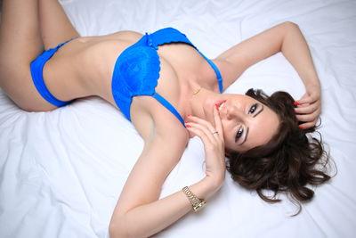 1Ella Hottie - Escort Girl