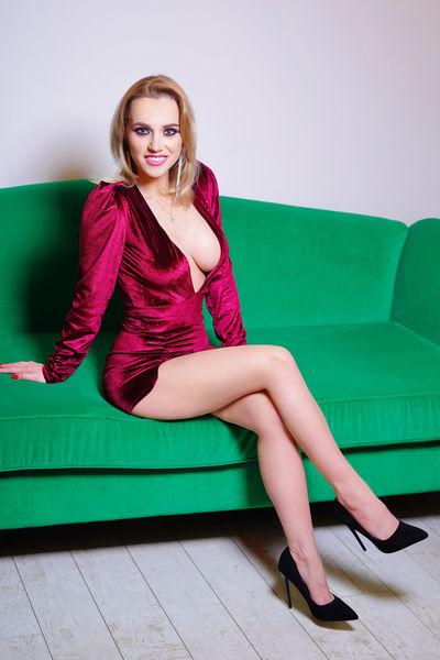Verna Mc Broom - Escort Girl
