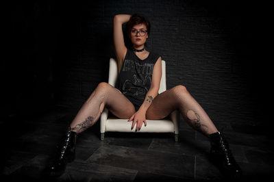Diane Seals - Escort Girl