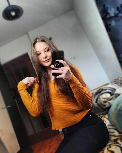Anne Holiday - Escort Girl