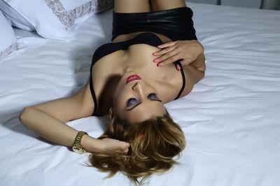Amira Belle - Escort Girl