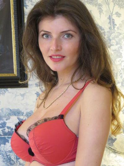 Andrea Divina - Escort Girl
