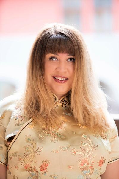 Angelie Smile - Escort Girl