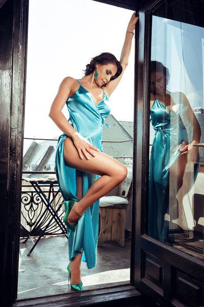 Angelina Mathers - Escort Girl