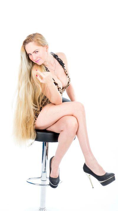 Sherry Vickers - Escort Girl