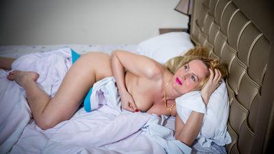 Amber Davis - Escort Girl