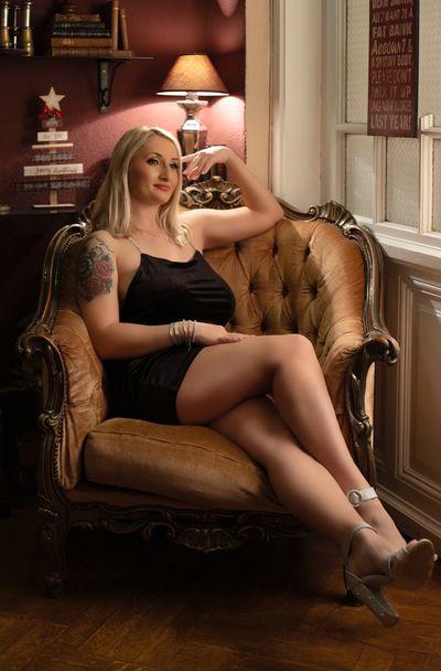 Arlene Jackson - Escort Girl