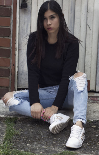 Camila Russu - Escort Girl