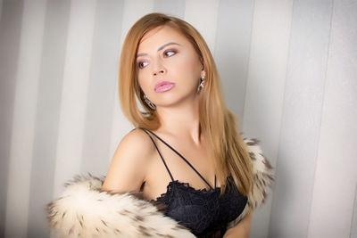 Carina Bliss - Escort Girl