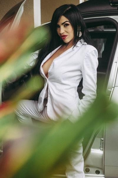 Jeanine Hodge - Escort Girl