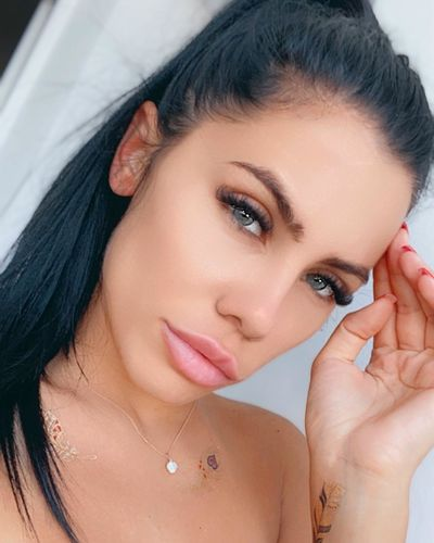 Olga Corum - Escort Girl