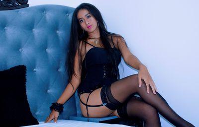 Charlot Saenz - Escort Girl