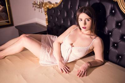 Lorraine Lopez - Escort Girl