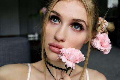 Cathy Shaw - Escort Girl
