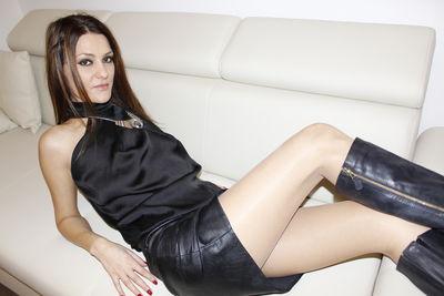 Douce Leya - Escort Girl