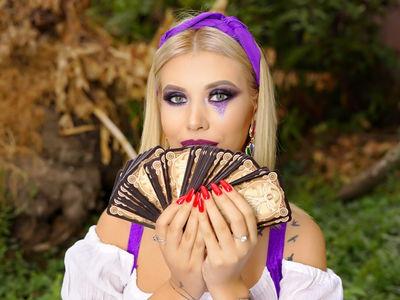 Alissa Cahill - Escort Girl