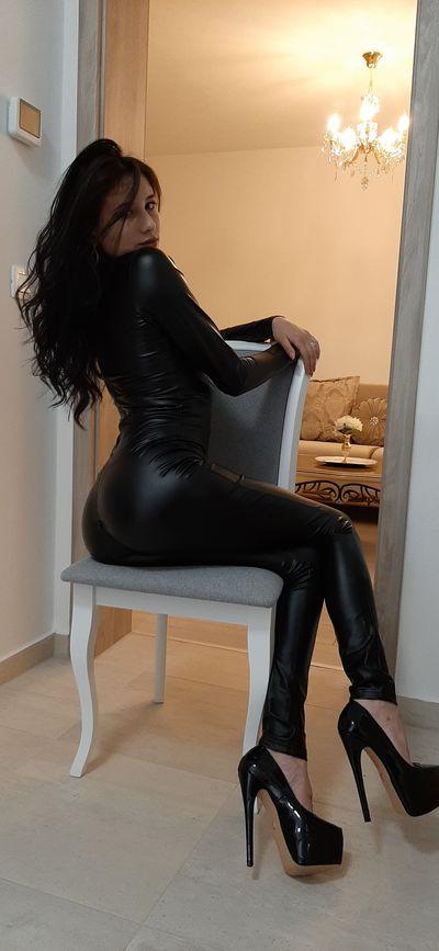 Ellena Black - Escort Girl