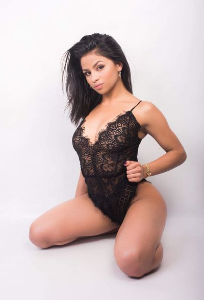 Lisa Fujii - Escort Girl