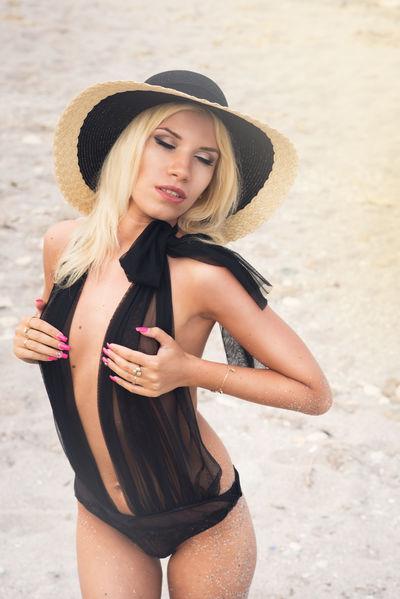 Janene Lopez - Escort Girl