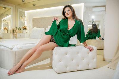 Yvonne Bailey - Escort Girl