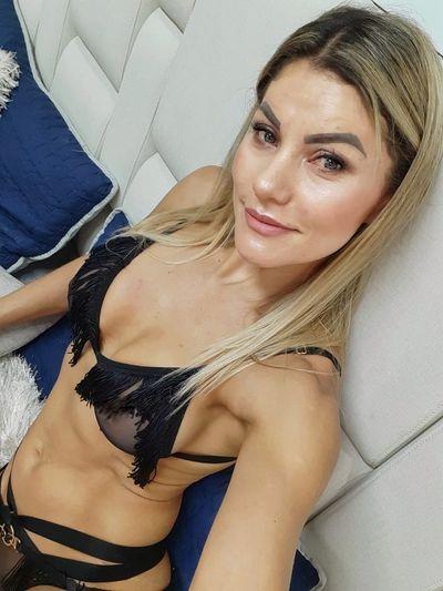 Eva Linares - Escort Girl