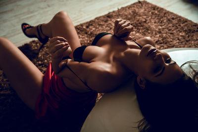 Janet Knowles - Escort Girl