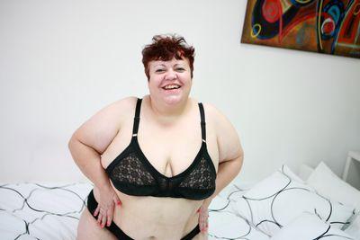 Granny4Fun - Escort Girl