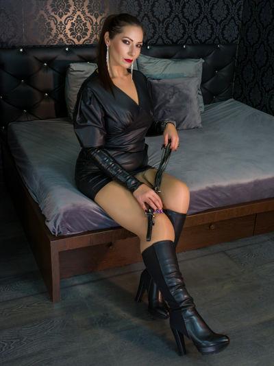 Lean Ferrell - Escort Girl