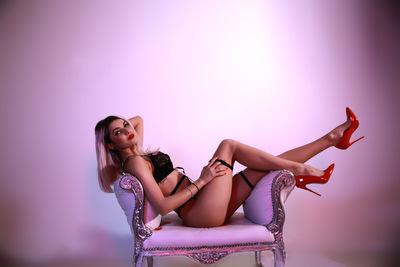 Sandra Mc Ginnis - Escort Girl