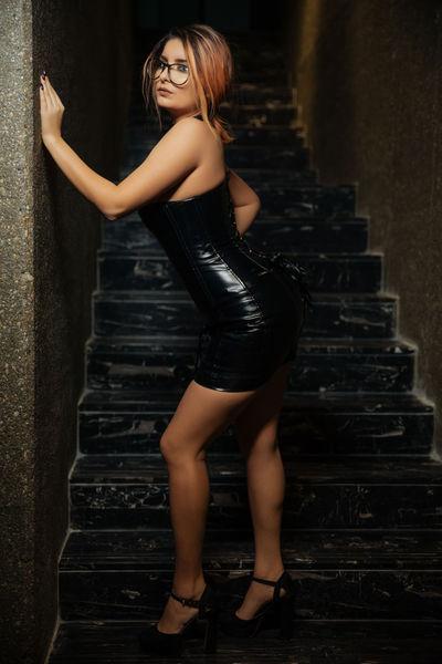 Marjorie Lee - Escort Girl