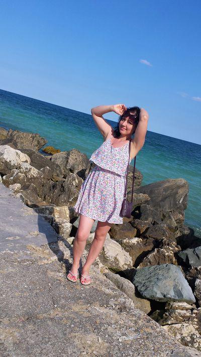 Adoring Thalia - Escort Girl