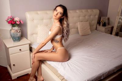 Elvira Colton - Escort Girl