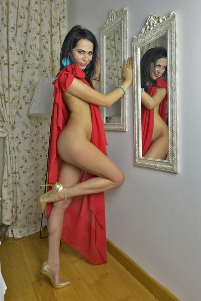 Robin Copes - Escort Girl