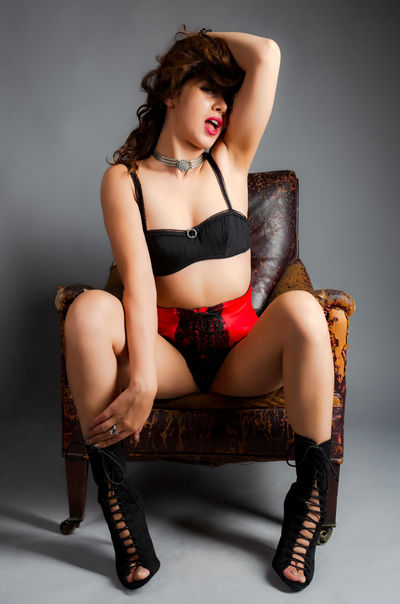 Victoria White - Escort Girl