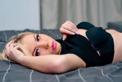 Jessie Bree - Escort Girl