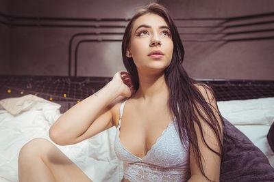 Melissa Thomas - Escort Girl