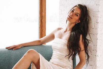 Karina Nelli - Escort Girl