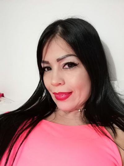 Sandra Ivy - Escort Girl