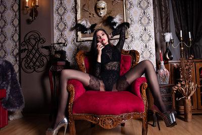 Katarina Kinsky - Escort Girl