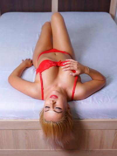 Kris Kiki - Escort Girl