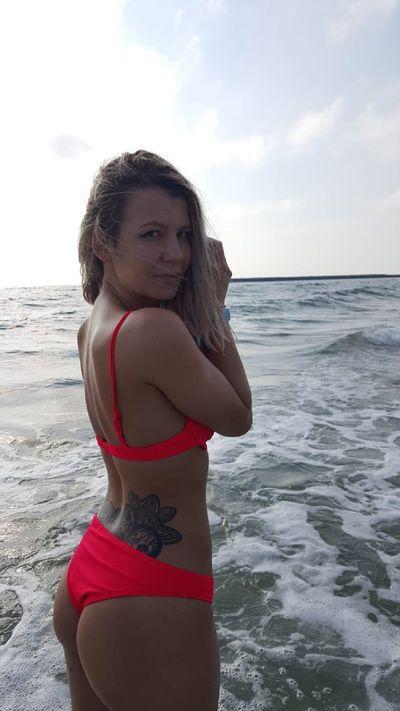 Inez Cartwright - Escort Girl
