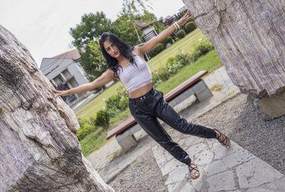Latifah Meisun - Escort Girl