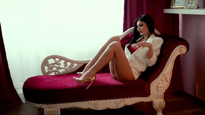 Layla J - Escort Girl