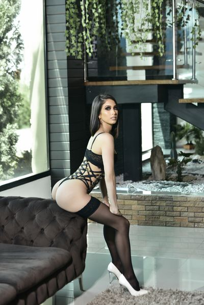 Leila Leduc - Escort Girl