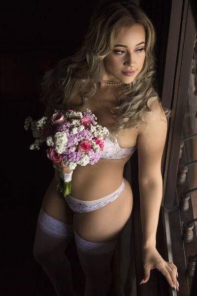 Phyllis Klein - Escort Girl