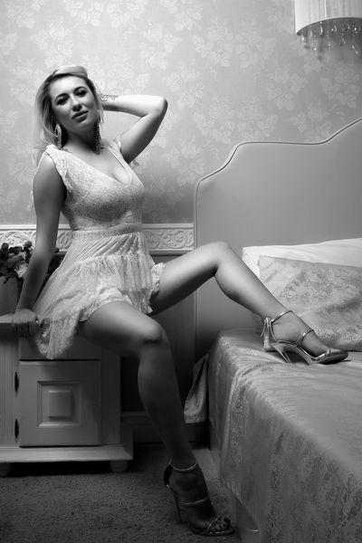Melissa Dubois - Escort Girl