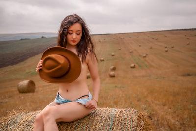 Karen Dennis - Escort Girl