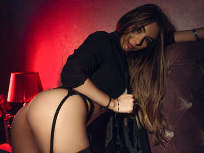 Nilda Marty - Escort Girl