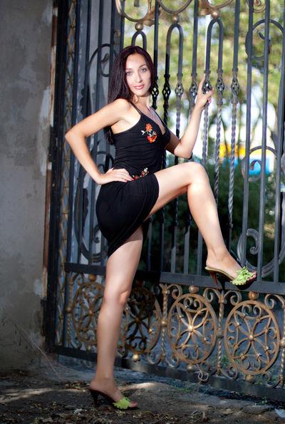 Nika Junes - Escort Girl