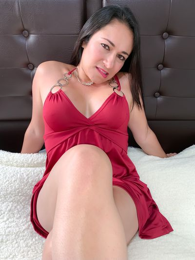 Nirvahna Latin - Escort Girl